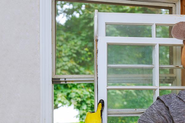 Broken-window-repairs