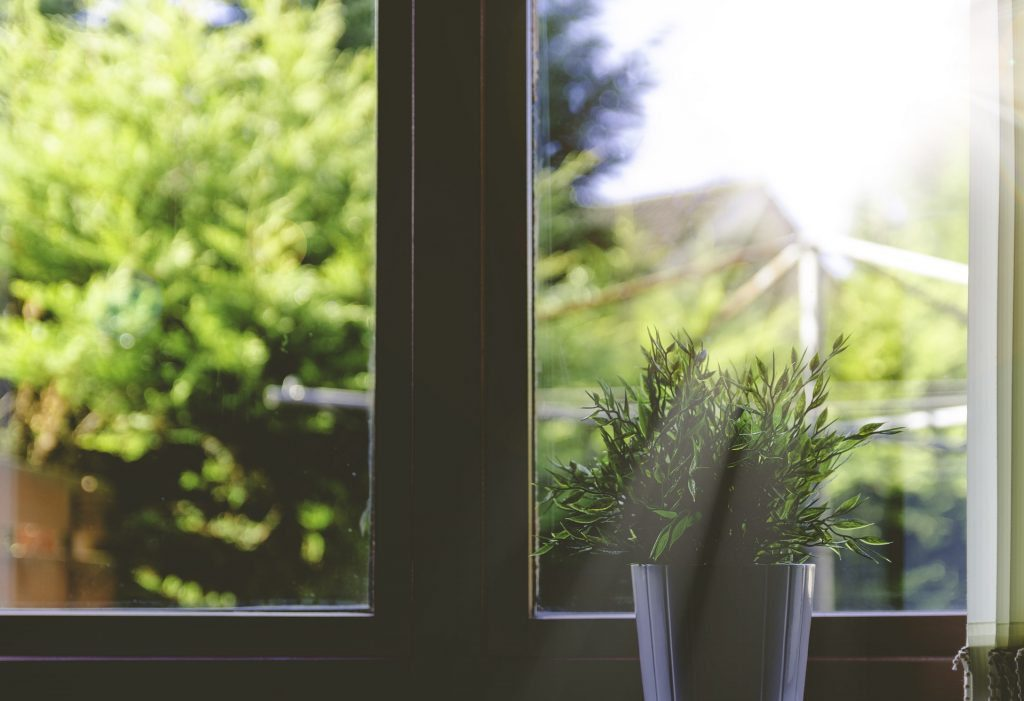 how to maintain double glazing